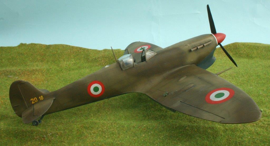 Aerei Da Caccia Inglesi Seconda Guerra Mondiale : Spitfire vb trop ° gr regia aeronautica leverano