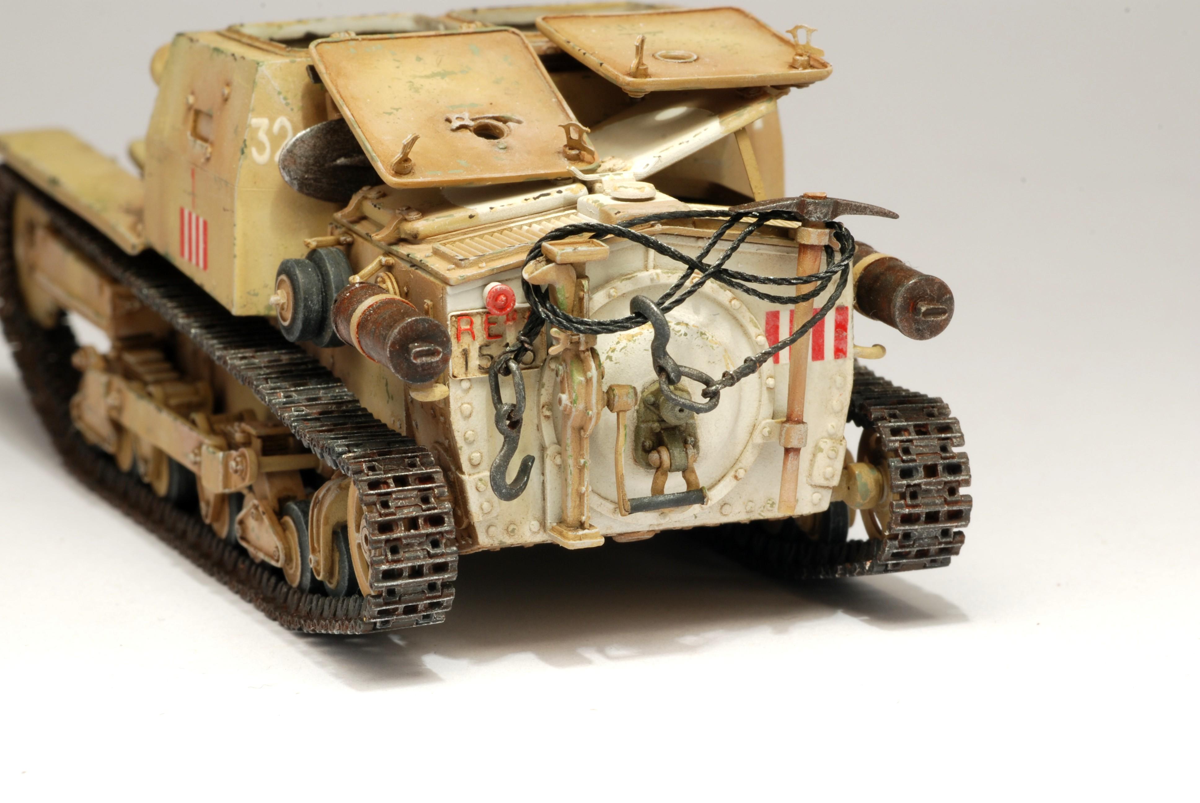 model victoria cv 33